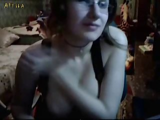 Russian Couple Fucking The Dog On Webcam (part 1)