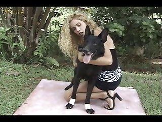 Black Doggie A Blonde Hottie (part 1)